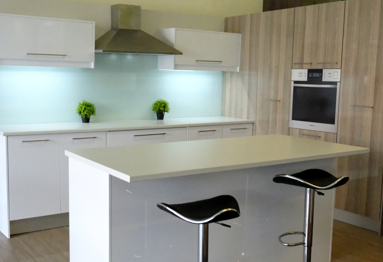 White High Gloss Kitchen Cupboardline